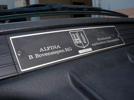 Alpina on Plaqueta De Los Modelos Preparados Por Alpina