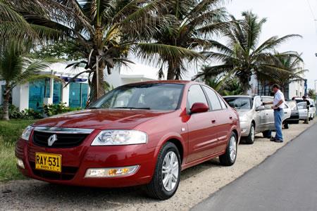 http://www.carrosyclasicos.com/imagenes/noticias/noticias_julio_23_2010/renault_scala_nuevo.jpg